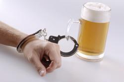 Алкоголизм - причина налета на языке