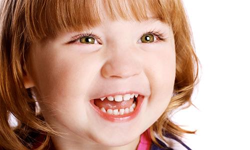 Молочные зубы у ребенка