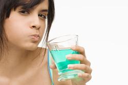 Полоскание рта при стоматите