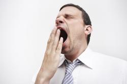Зевота - причина вывиха челюсти