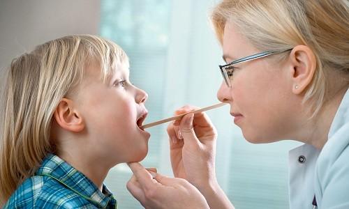 Проблема стоматита у ребенка