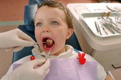 Профилактический осмотр зубов врачом-стоматологом
