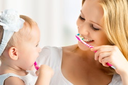 Тщательная чистка зубов - профилактика запаха изо рта
