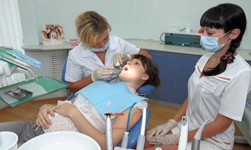 Необходимость лечения зубов во время беременности