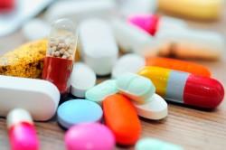 Прием антибиотиков - причина грибка во рту