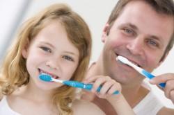 Гигиена полости рта для профилактики оголения шейки зуба
